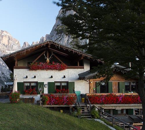 ristorante montanara dove mangiare molveno